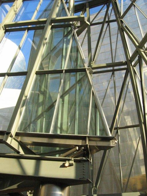 Bilbao-Guggenheim-Museum-10