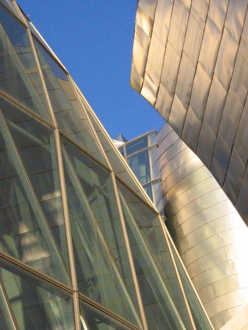 Bilbao-Guggenheim-Museum-11