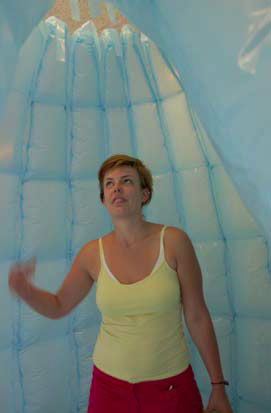 INFLATABLE-SHOWER-03