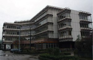 Verwaltungsgebäude-EnBW-Esslingen-01